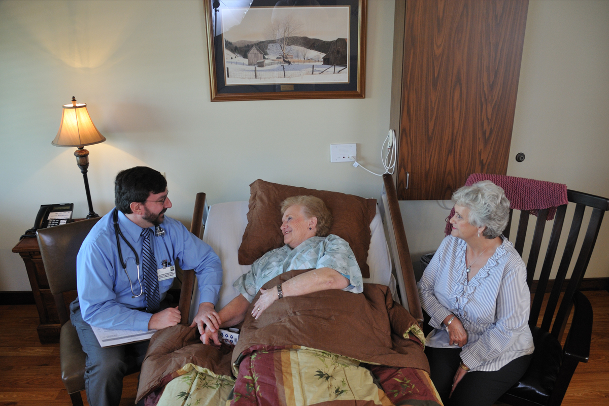 Woltz Hospice Ho_04112010_175